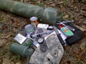 Cache_pipe_and_supplies